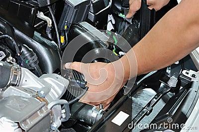 Repairing vehicle engine