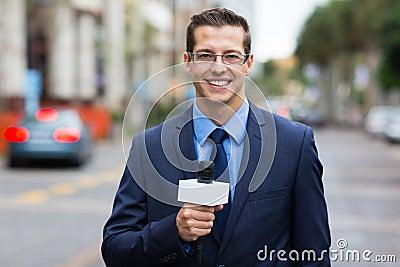 Reporter live broadcasting