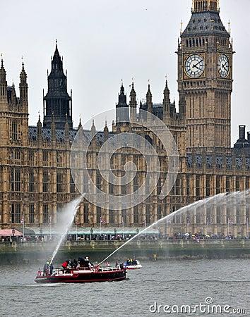 Representação histórica do jubileu de diamante do barco do incêndio Imagem Editorial