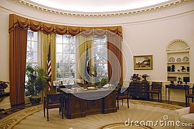 Reproduction du bureau d 39 ovale de la maison blanche photo stock ditorial image 26274158 for Bureau ovale