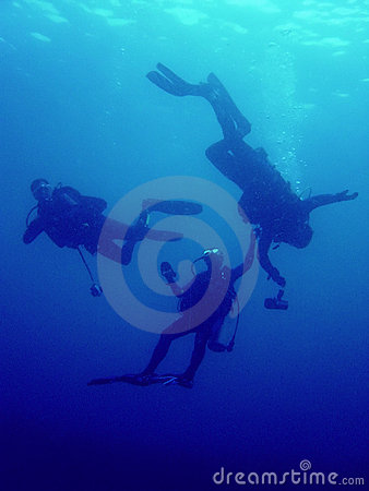 Free Rescue Diver Underwater Scuba Diving Stock Photography - 1117292