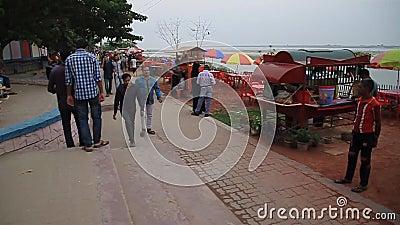 Restauracja na brzegu rzeki Padma w Rajshahi, Bangladesz zdjęcie wideo
