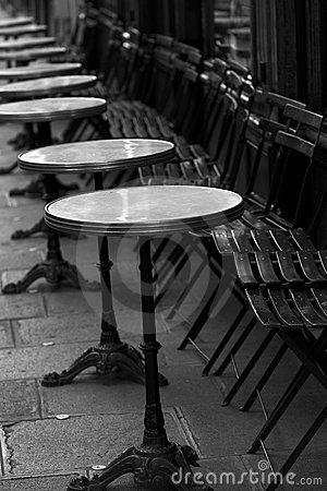 Free Restaurant Little Tables In The Street, Paris. Royalty Free Stock Images - 7447719