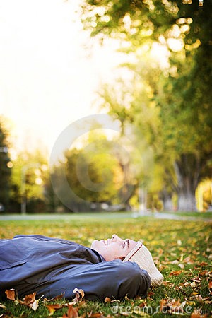 Free Resting In The Park Royalty Free Stock Photos - 964958