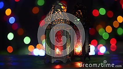 Restlichtstudioeinrichtung geschossen von beleuchteter Laterne - Ramadan-kareem oder eid Mubarak-Feier zeigend begrifflich stock video
