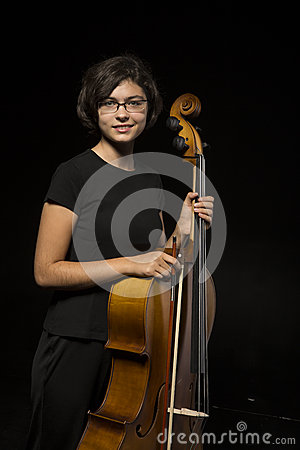 Restos novos do violoncelista