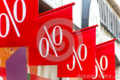 Retail price drop in percentage