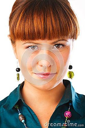 Retrato bonito da mulher do Redhead