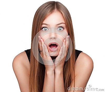 Retrato de la muchacha hermosa sorprendida