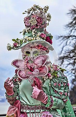 Retrato de una persona disfrazada Foto de archivo editorial