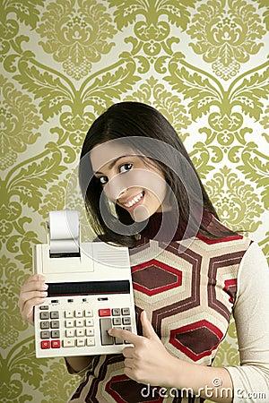 Retro accountant woman calculator wallpaper