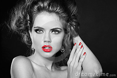 Retro beautiful woman in style  with red lips