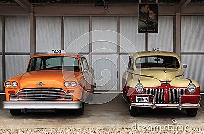 Retro bilar taxar Redaktionell Arkivbild