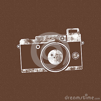 Free Retro Camera Icon. Old Poster Template. Isolated On Grunge Halftone Background. Photography Vintage Design For T Shirt Royalty Free Stock Photo - 80994505