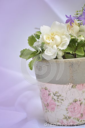 Retro flower pot