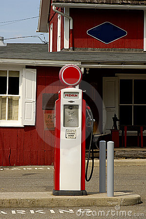 Free Retro Gas Pump Stock Photos - 21243