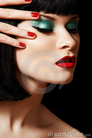 Retro glamour model face. Fashion bright make-up