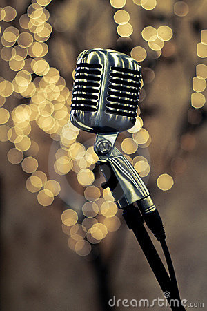 Free Retro Microphone Royalty Free Stock Photography - 12026767