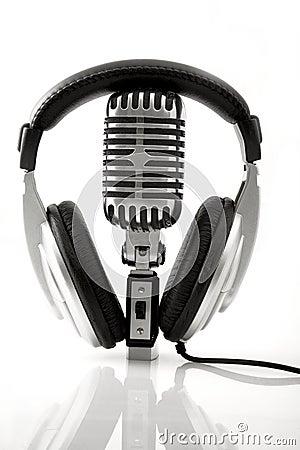Free Retro Microphone & DJ Headphones Stock Photo - 13480080