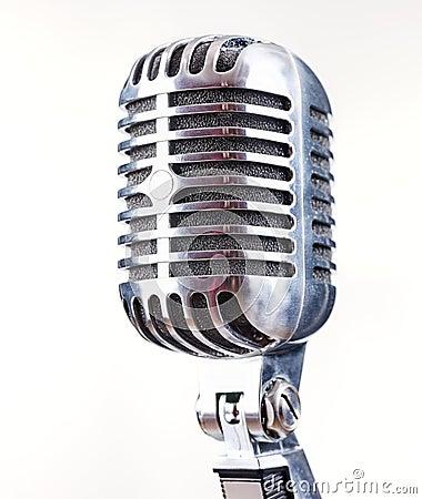 Retro- Mikrofon