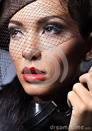 Free Retro Portrait Of A Young Woman With Vintage Hat Royalty Free Stock Image - 27810076