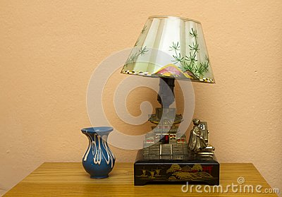 Retro table lamp and vase