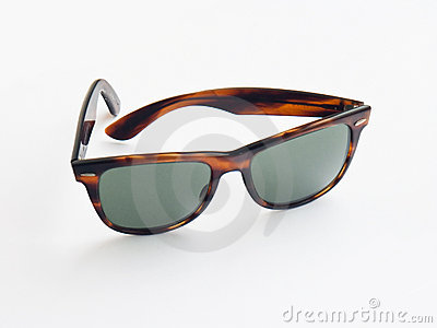 Retro wayfarer sun glasses
