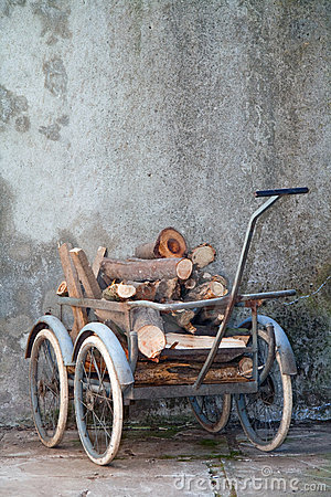 Retro wheelbarrow
