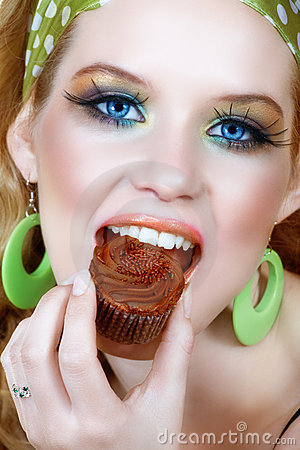 Retro woman in green and chocolate cupcake