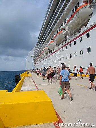 Free Returning To The Ship Stock Image - 860561