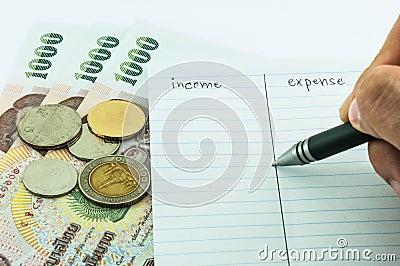 Revenu et dépenses