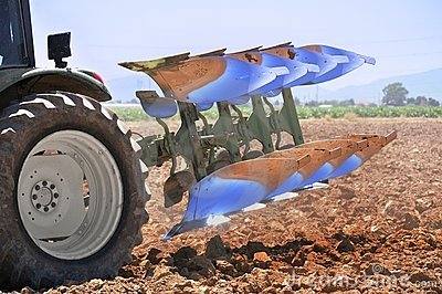 Reversible Plough on a Tractor