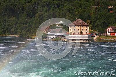 Rhine Falls с радугой