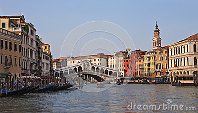 Rialto Bridge, evening panorama