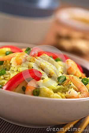 Rice Dish with Cabbage, Chicken and Shrimp