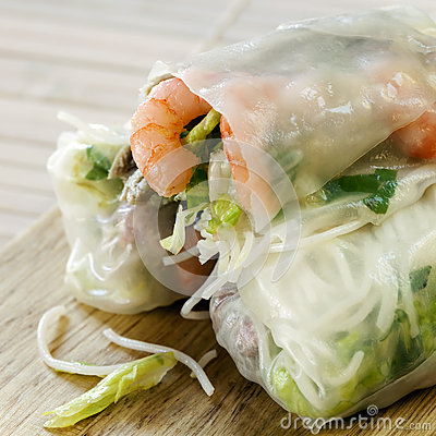 Free Rice Paper Rolls Royalty Free Stock Image - 31734836