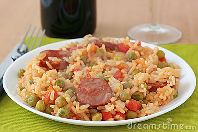 Rice with sausages and vegetables