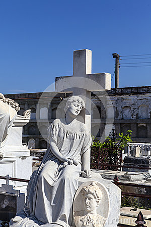Free Rich Decorated Grave At The Roman Catholic Cementerio La Reina Cemetery In Cienfuegos, Cuba Stock Images - 45980764