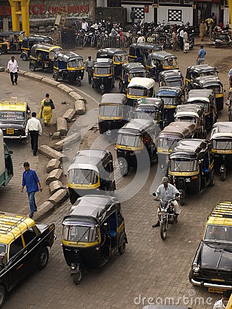 Free Rickshaw In Mumbai Royalty Free Stock Image - 28117176