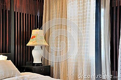 Rideau en hublot et d coration int rieure de chambre coucher - Affiches decoration interieure ...