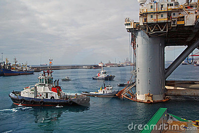 Rig move of an Semi submersible drilling rig