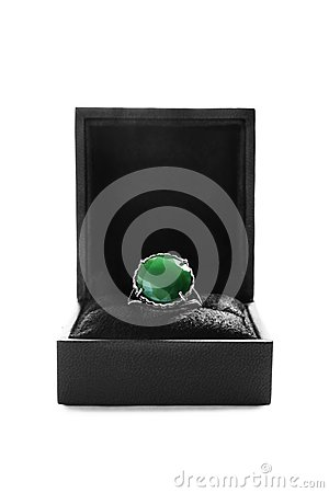Free Ring In A Box Royalty Free Stock Photo - 112178595