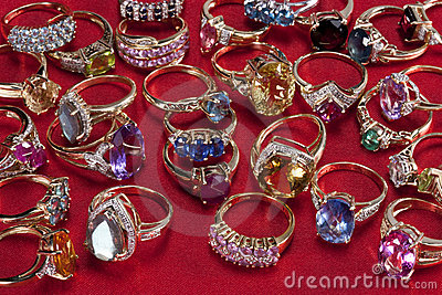 Rings with precious & semi-precious gemstones