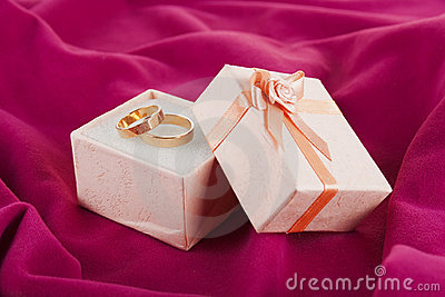 rings  for Valentine s Day