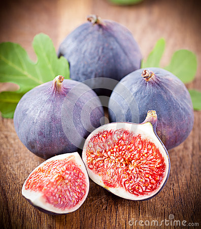 Free Ripe Fresh Fig Royalty Free Stock Image - 38342196
