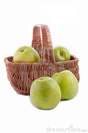 Free Ripe Green Apple In Basket Stock Images - 23575824