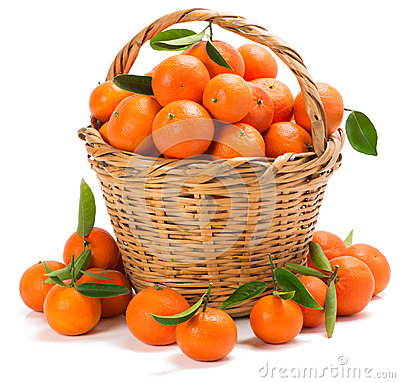 Free Ripe Tangerines With Leaves In A Basket Royalty Free Stock Photos - 49068608