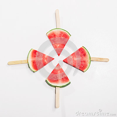 Free Ripe Watermelon Slices On Wooden Popsicle Sticks Royalty Free Stock Photography - 96748467