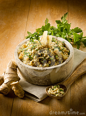 Risotto with ginger and parsley