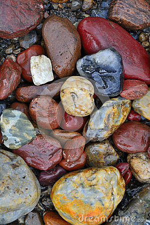 Free River Pebbles Royalty Free Stock Image - 31412906